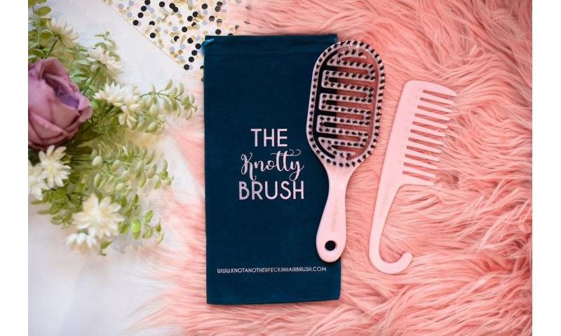 The Knotty Brush and Comb Duo